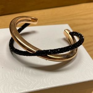Crystaldust Crossover Cuff Bracelet